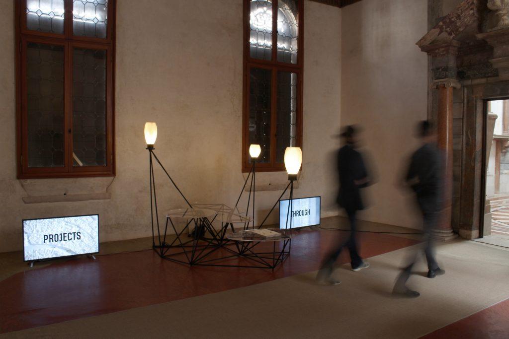 Allestimento Mathematics and design Fablab Venezia